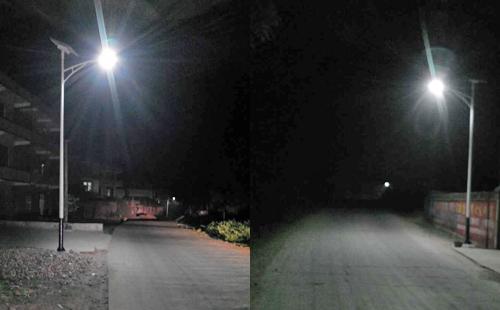 湖南永州蓝山县亮起正翔照明新农村太阳能路灯