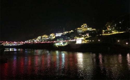 贵州仁怀市茅台镇观景台景观灯