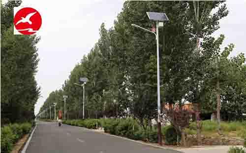 细数LED太阳能路灯生产厂家产品的应用优势
