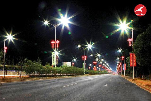 正翔照明太阳能路灯厂家亮化产品冲击人们的视觉体验