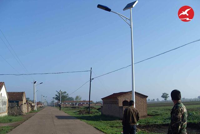 哪种新农村太阳能路灯价格比较好?