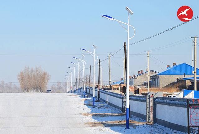 详解LED太阳能路灯的适用光源