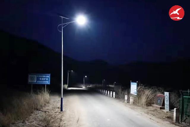 太阳能路灯助力新农村建设和脱贫工程