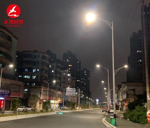 正翔照明为佛山新增400套LED路灯,照亮夜晚回家的路