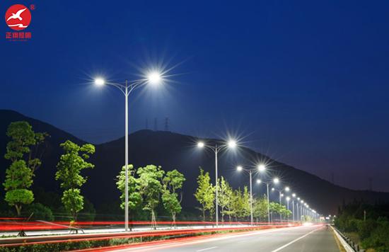 正翔照明集团承接沈海高速LED路灯工程